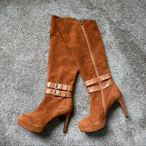 NWOT Leather boots